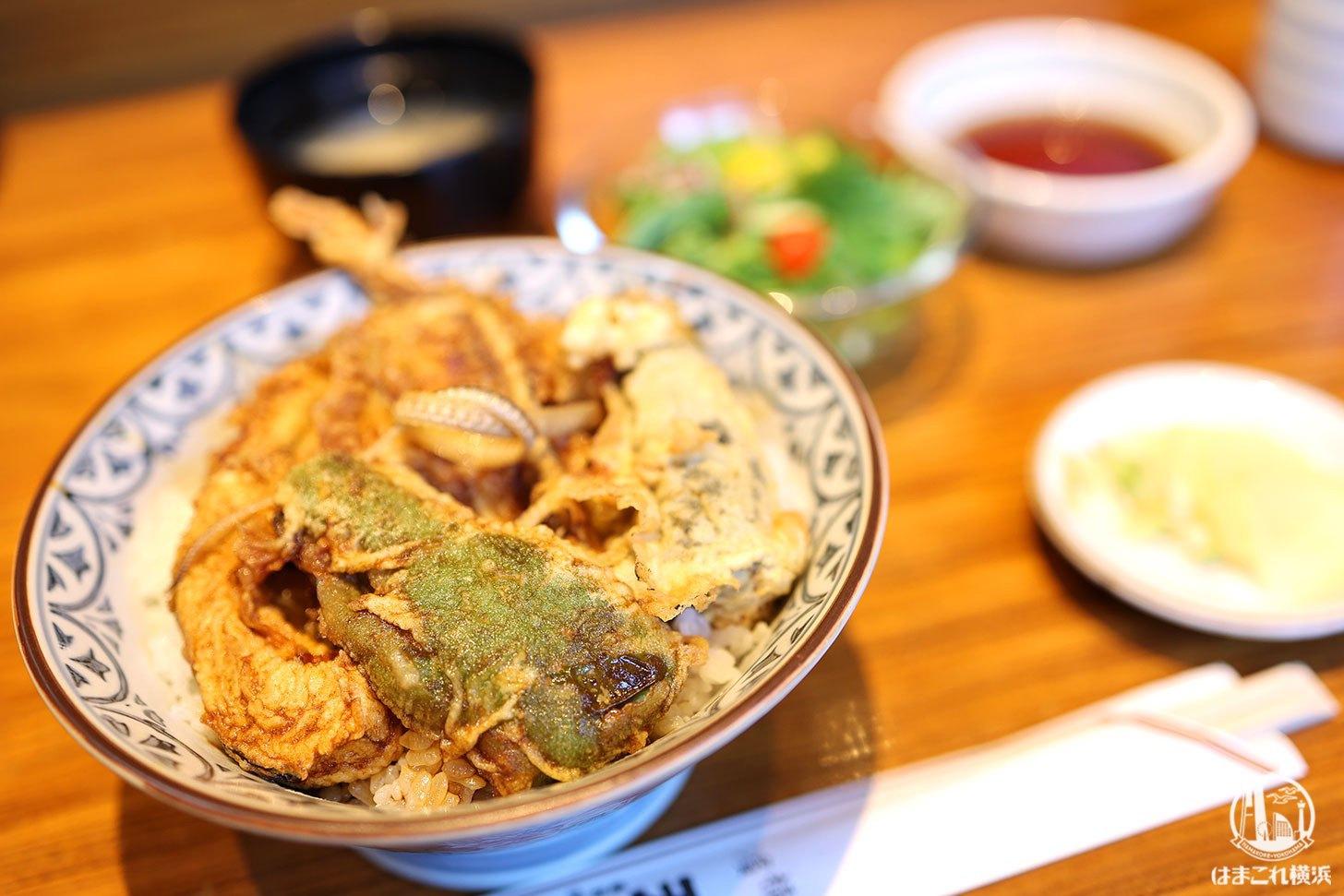 横浜老舗「天吉」で天丼とかき揚げランチ!天ぷらの名店・かき揚げは自分史上最高の旨さ