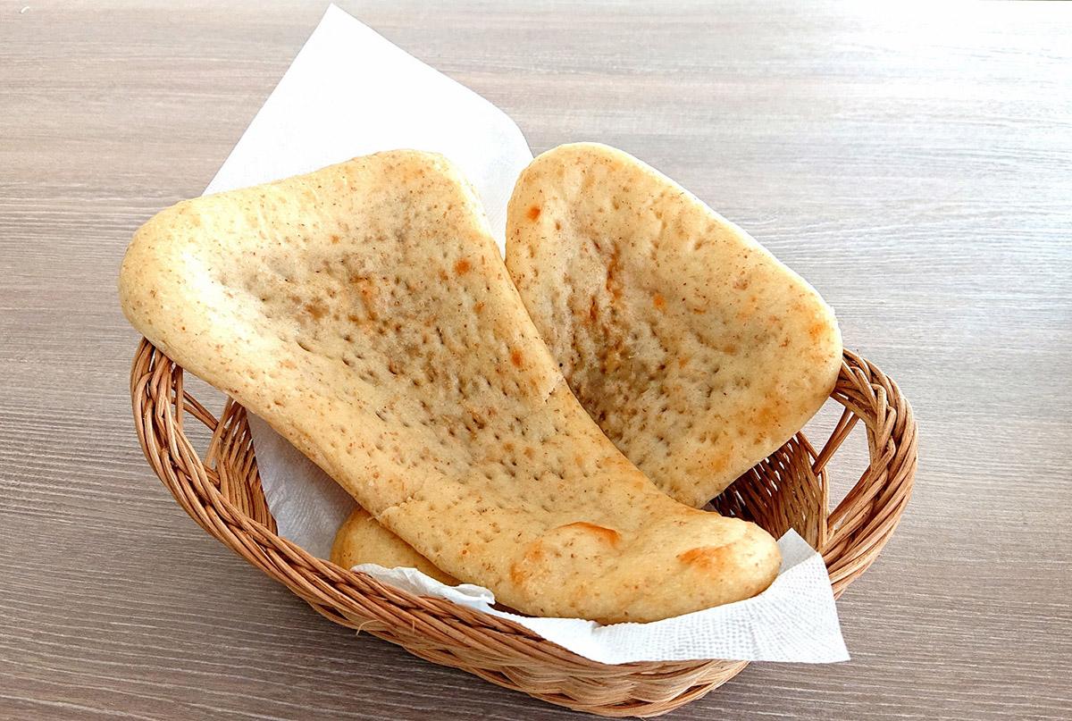湘南藤沢小麦ナンカレー