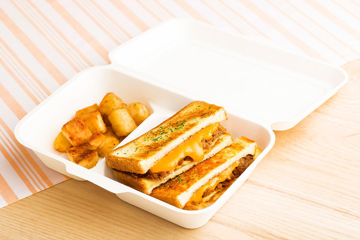 カルアポークチーズサンド