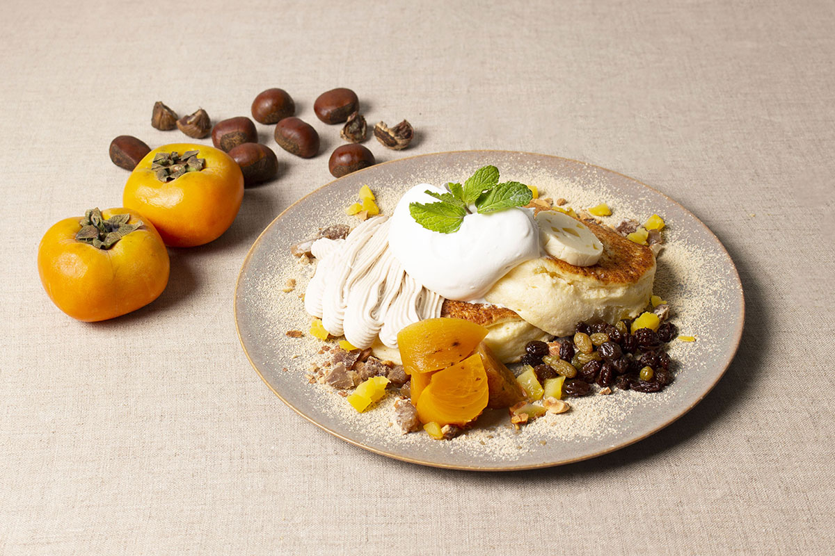Marron-Beige マロンと柿のモンブランパンケーキ