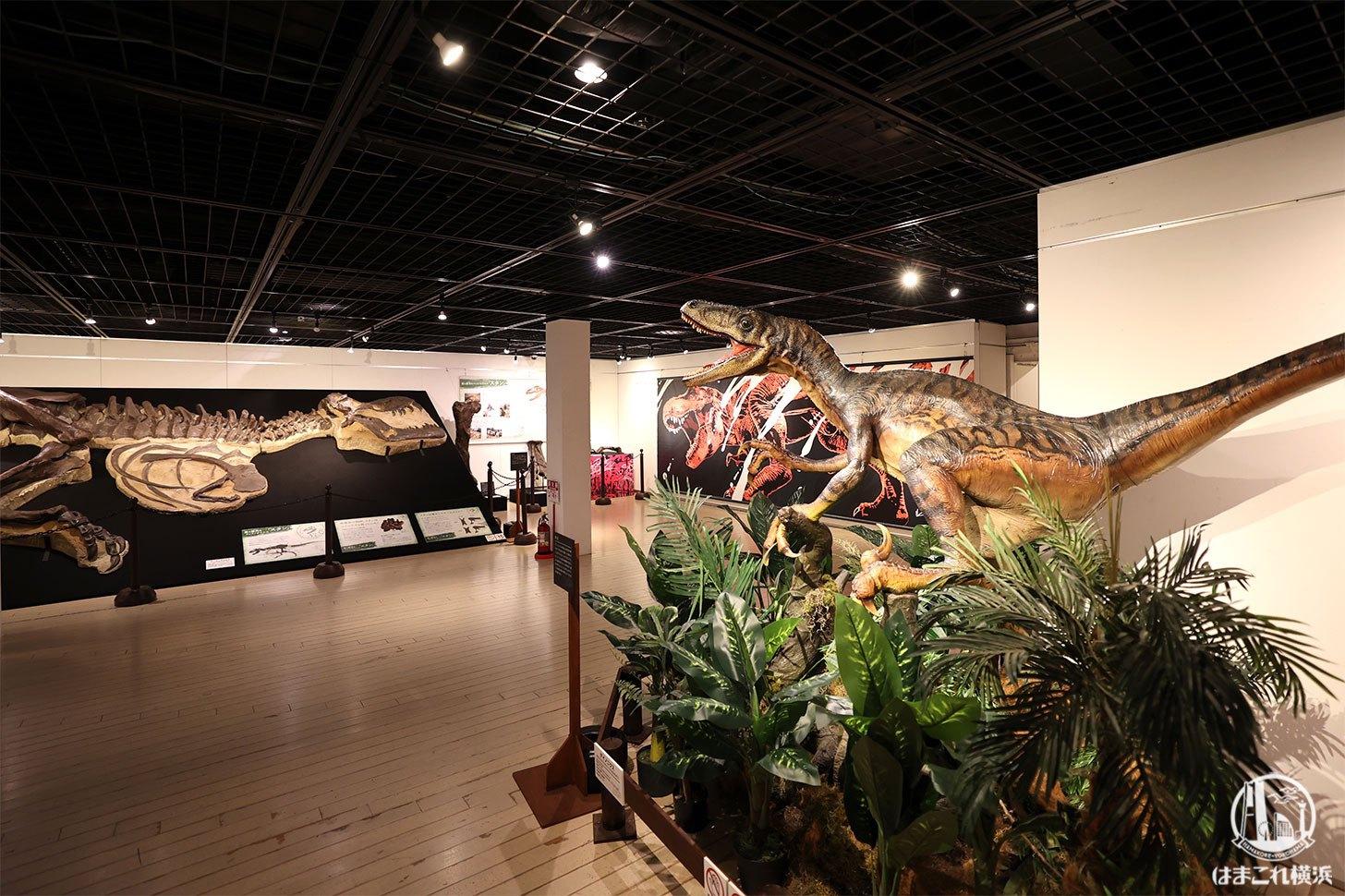 """横浜赤レンガ倉庫の""""恐竜展""""内容濃くて楽しすぎ!アートとコラボで親近感も倍増"""