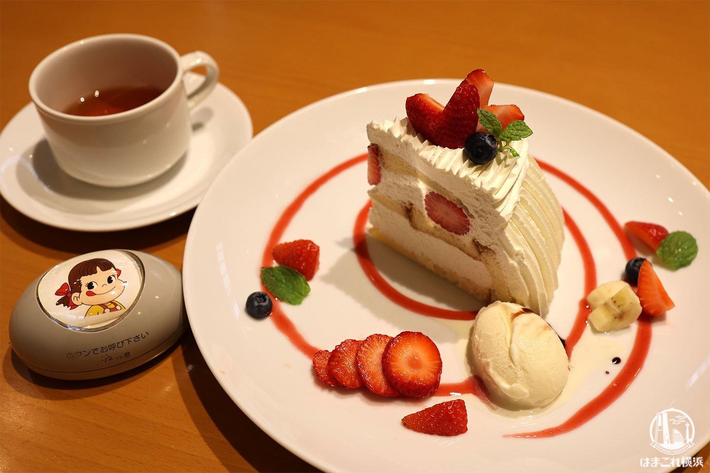 不二家レストラン横浜センター店でショートケーキパレット堪能!オリジナルブレンドも