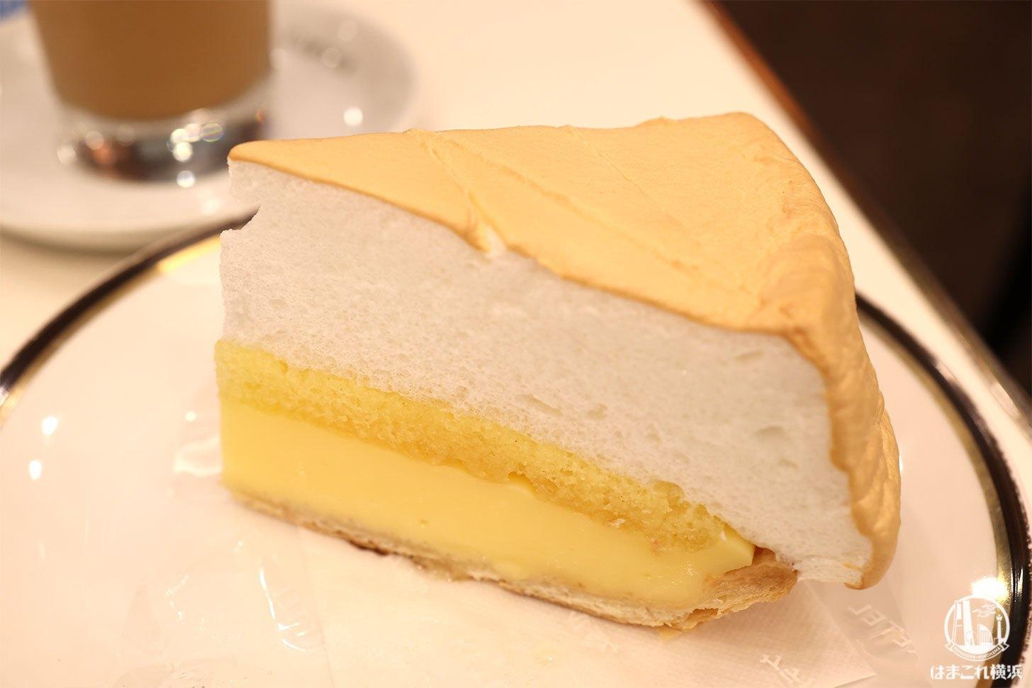 イノダコーヒーのレモンパイが新感覚で美味!横浜高島屋の落ち着く喫茶店