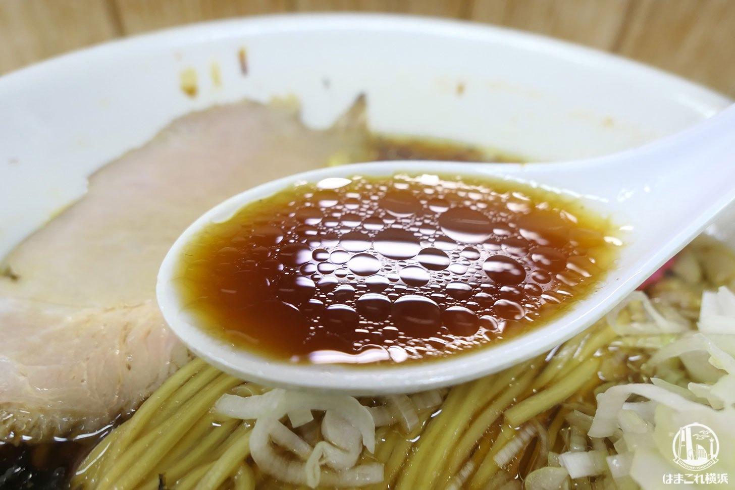 醤油そば スープ