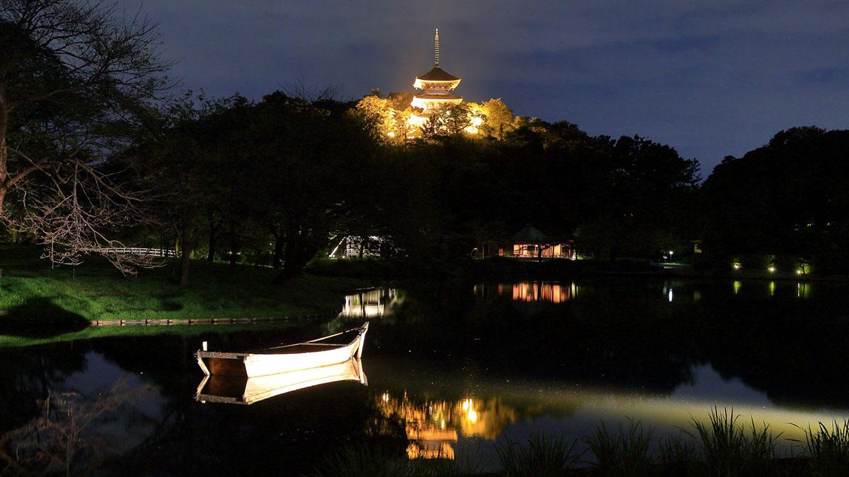 横浜・三溪園で重要文化財をライトアップ!中秋の名月が輝く下で「観月会」開催