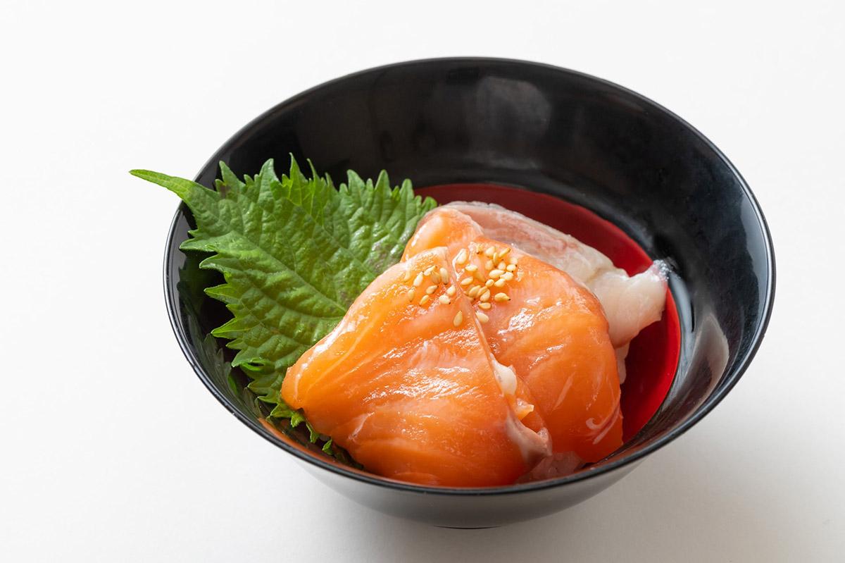 海峡サーモンの海鮮丼