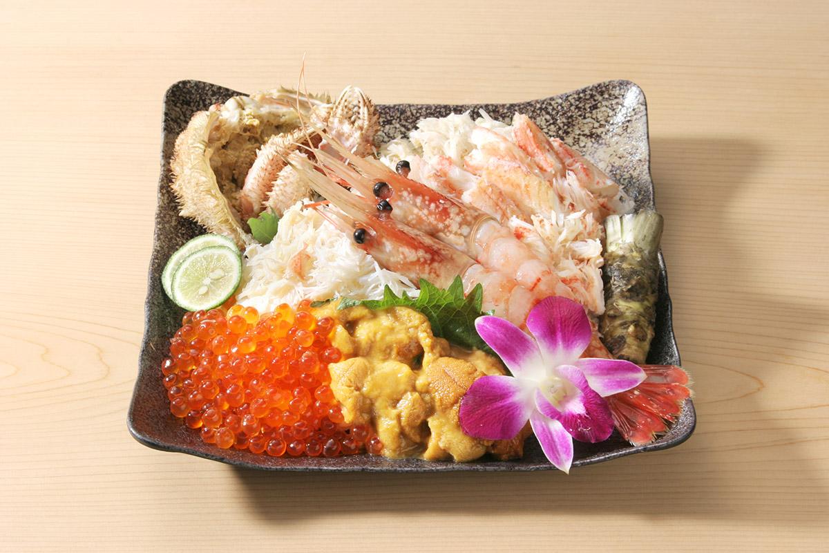 中島水産「毛がに入り特上海鮮丼」