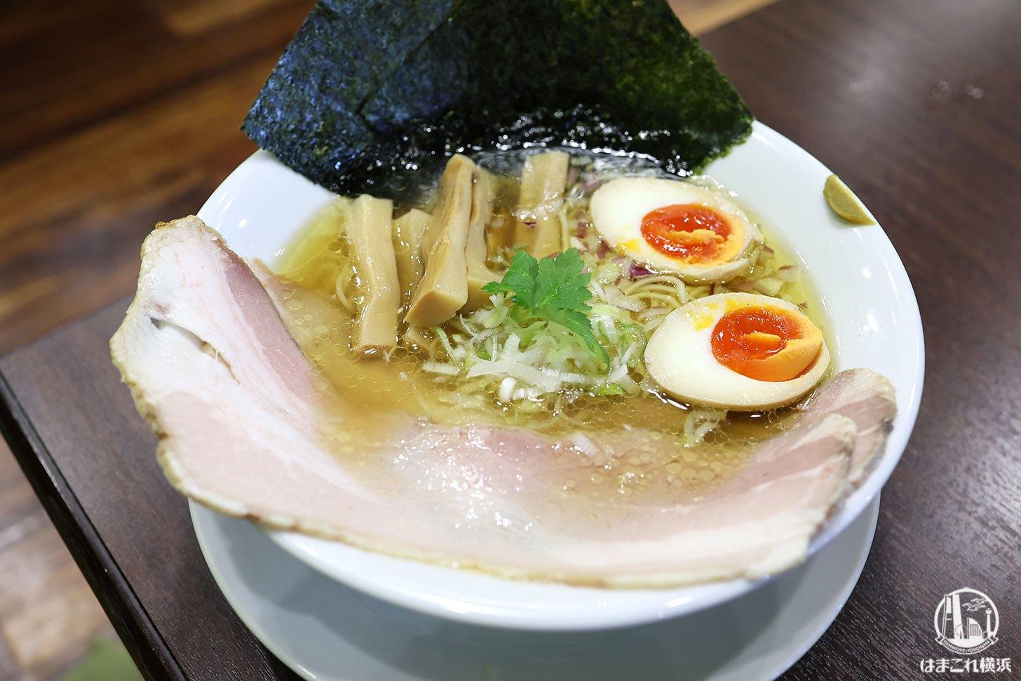 中華蕎麦はなとみの淡麗醤油ラーメンはひと味違う!横浜・磯子の団地にひっそりと