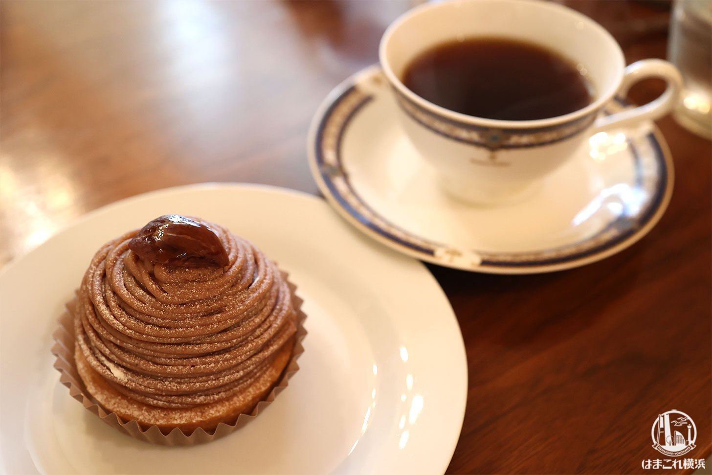 ナギコーヒーで焙煎の香りに包まれながらサイフォンの珈琲!横浜反町のお洒落カフェ